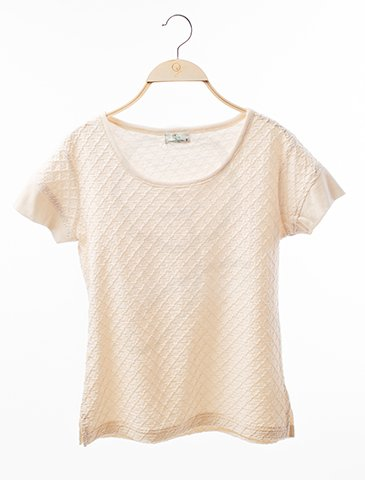 12005 Round Neck Shirt : Diamond Shape Style Fabric