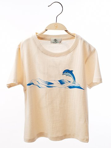 12016 Round Neck T-Shirt :  Dolphin Screen