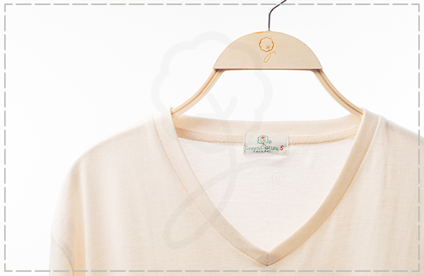 1980 V-Neck T-Shirt : Stretch Organic Cotton